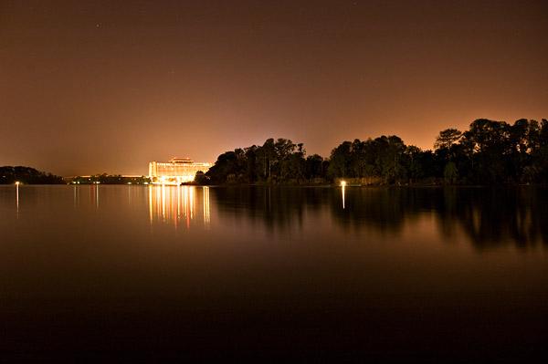 Veduta di Discovery Island in un lago della Florida