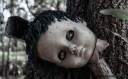 Bambola che si trova sull'isola