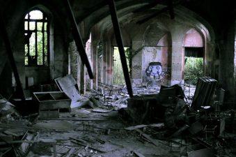 La Basilica devastata dai vandali
