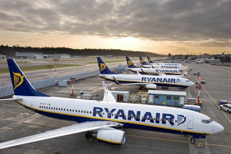 Personale di bordo cercasi: Ryanair assume oltre 300 nuove risorse