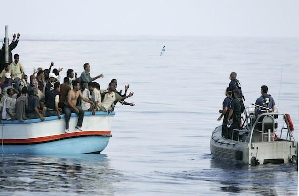 Immigrati: 1725 persone soccorse giovedì al largo della Libia, 14 000 in cinque giorni