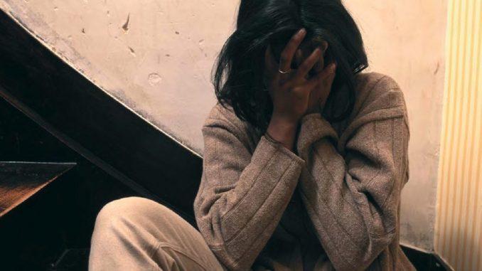 Ritrova padre con Facebook: lui la stupra per mesi