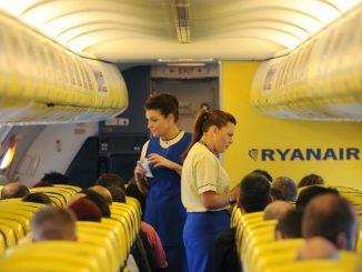 Ryanair recluta Assistenti di volo: Cabin Crew Day organizzati in tutta Italia