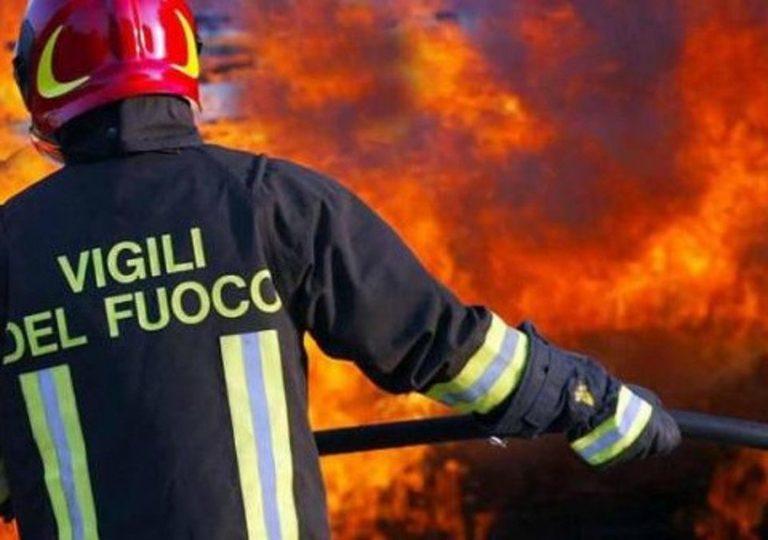 Selezione pubblica per 250 Vigili del fuoco: titolo richiesto Licenza media