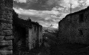 La valle Piola, piena di paesini abbandonati.