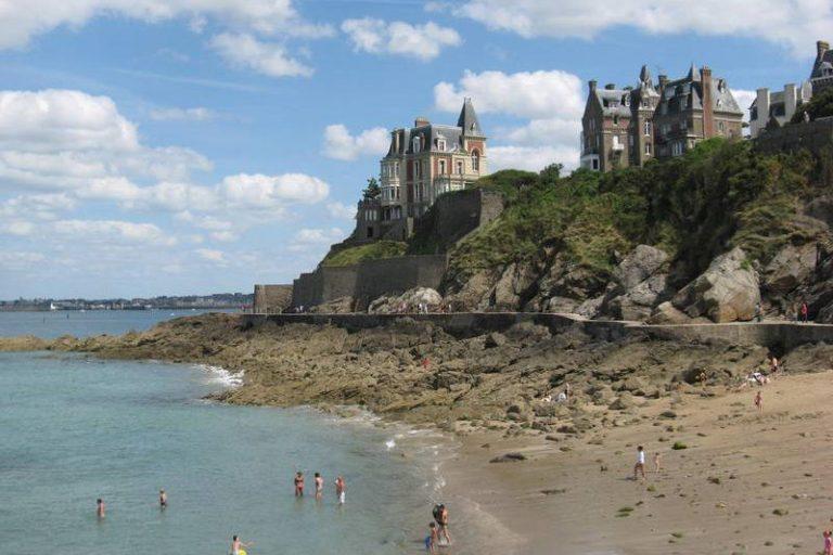 Top 10 degli hotel più belli sulle rive del mare