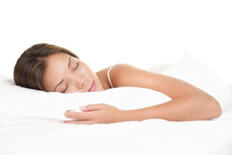 Sonno: ecco dieci trucchi per addormentarsi velocemente