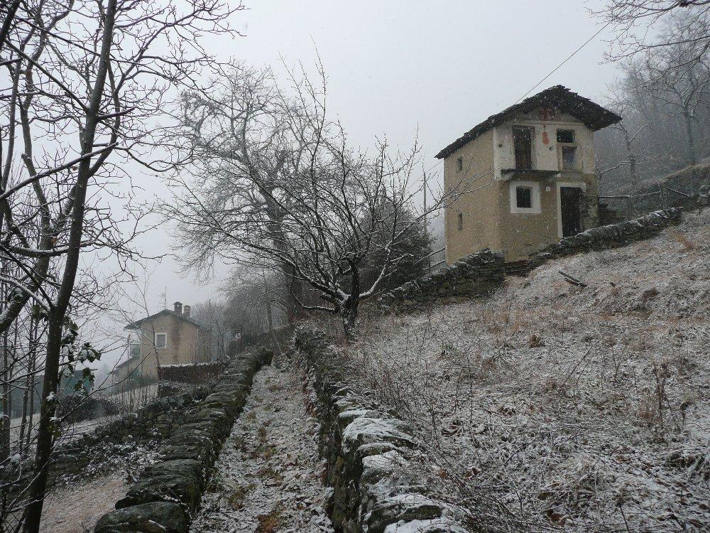 luoghi-abbandonati-casa-del-violino-copertina