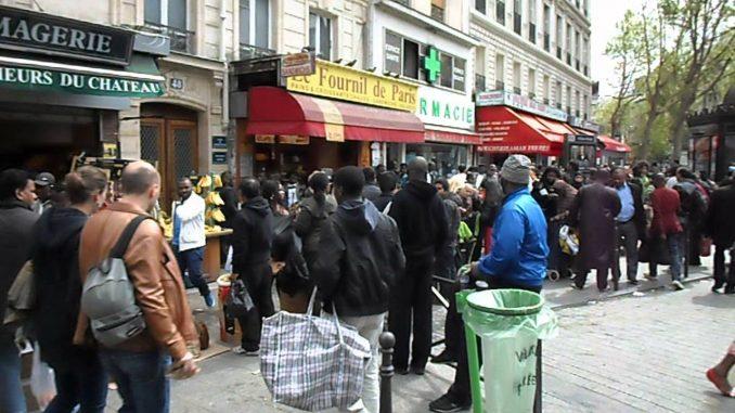 Parigi: il primo centro d'accoglienza per rifugiati