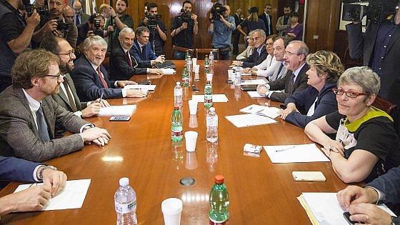 pensione-tavolo-trattative