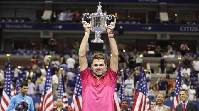 Stan Wawrinka alza il trofeo