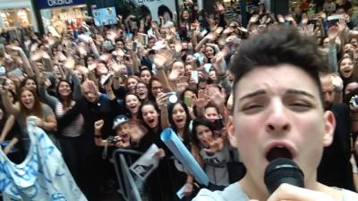 Antony con i fans
