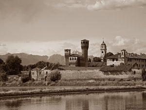 Castello e borghi abbandonati dopo  la Seconda Guerra Mondiale