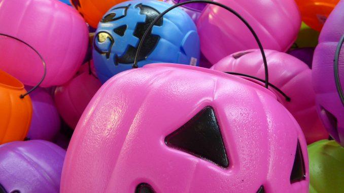 Halloween: facciamo un portavaso a forma di zucca