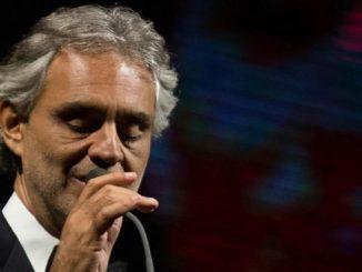 Macerata: Bocelli canta per i terremotati