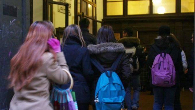 Prof liceo di Venezia: insulti e frasi razziste contro bimbi musulmani