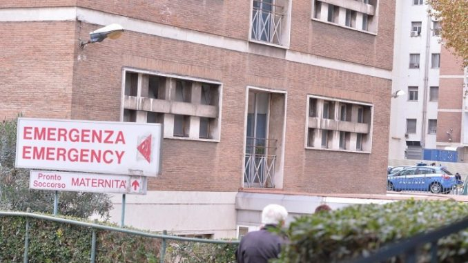 Roma: rumeno violenta turista australiana, arrestato