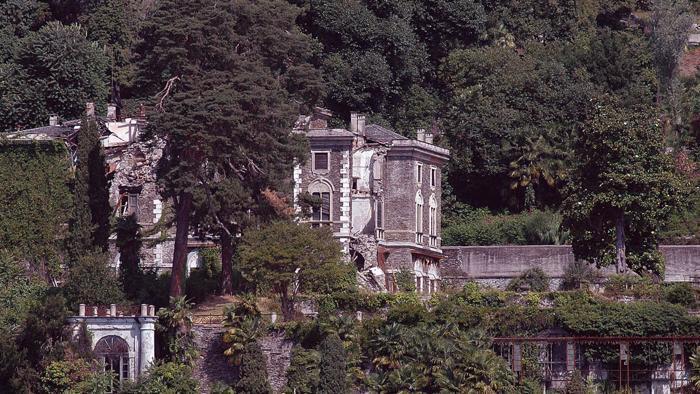 Villa Poss in lontananza