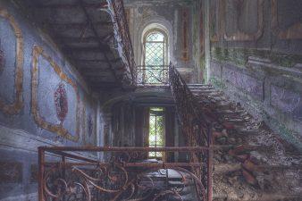 Ancora Villa Poss in rovina