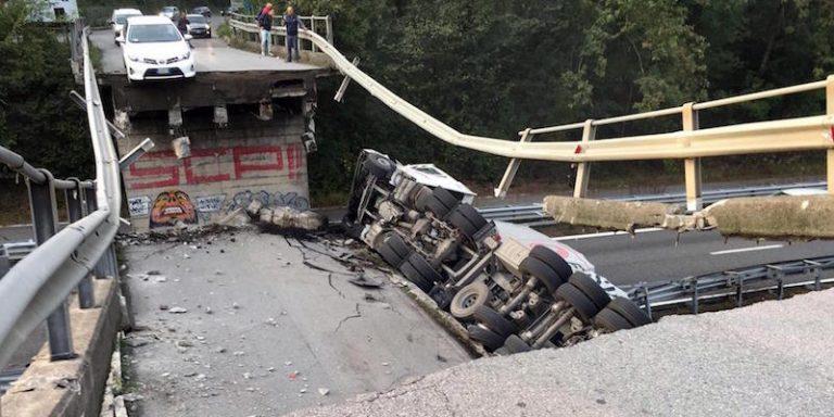 Cavalcavia crollato: verso sera riapertura ma altri 25 a rischio