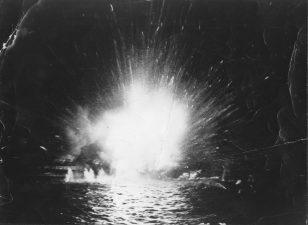 Esplosione in mare