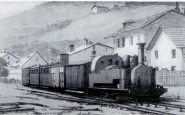 Vecchia foto di un treno sulla Ferrovia Fell