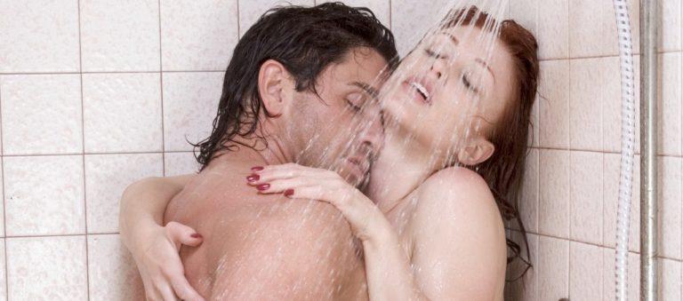 Sesso sotto la doccia: aspettativa vs realtà