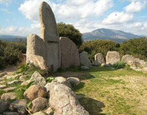 Tombe dei Giganti in Sardegna