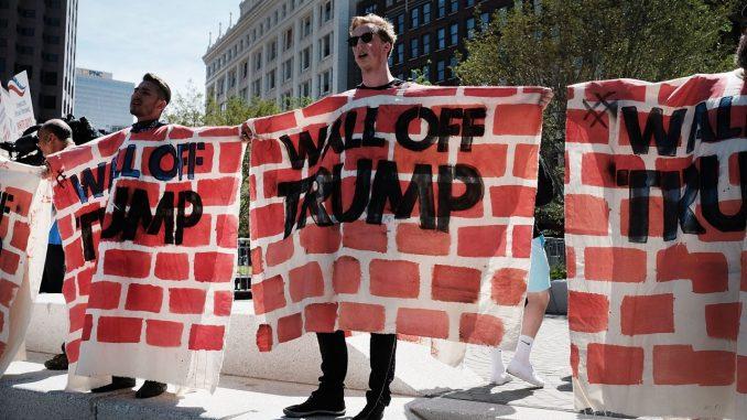 Le priorità del presidente Trump per i primi cento giorni di governo