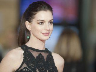 Anne Hathaway, protagonista de Il Diavolo veste prada ha compiuto 34 anni