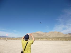 Fotografando gli UFO nell'Area 51