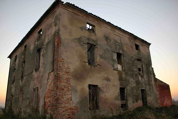 case e castelli con fantasmi in italia