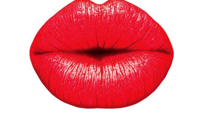 Come colorare le labbra senza applicare il rossetto