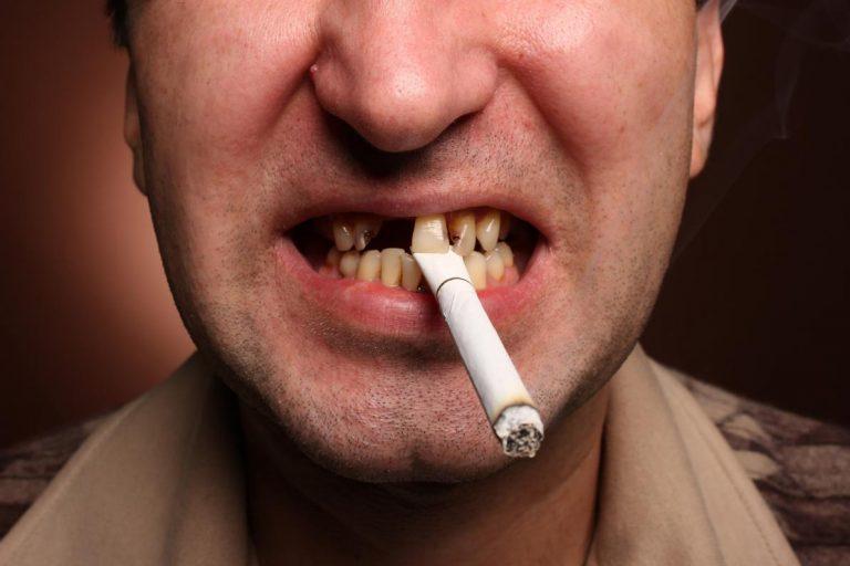Il fumo tutti i danni e i problemi al corpo umano