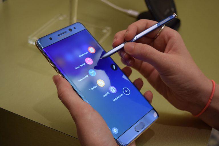 Samsung esplosioni: Galaxy s7 in fiamme ha procurato ustioni di terzo grado