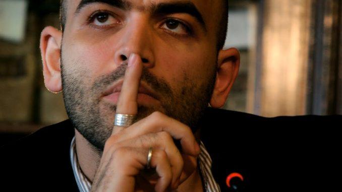 Roberto Saviano: lettera a se stesso da giovane commovente