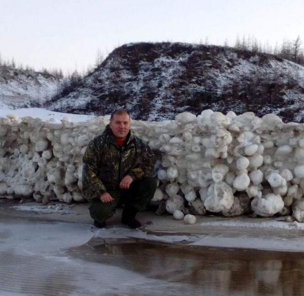 Siberia: palle di ghiaccio misteriose apparse per 18 km