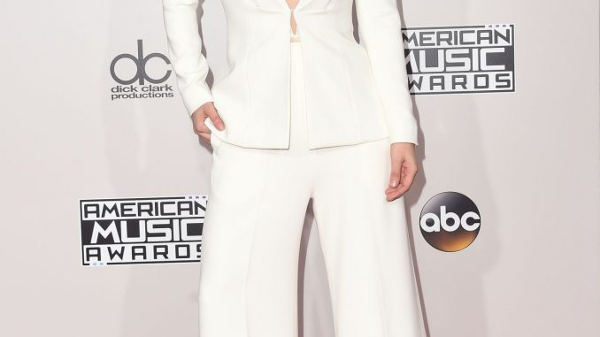 American Music Awards: tutti i look delle star