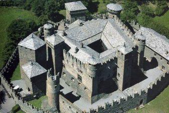 Castello do Fenis (Aosta)