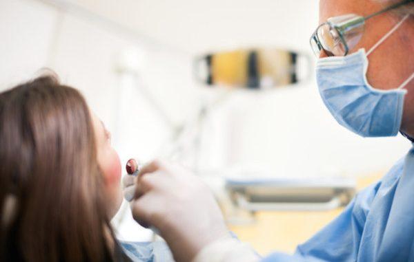 Come curare un ascesso dentale