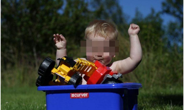 Facebook: venduti neonati online su decine di pagine