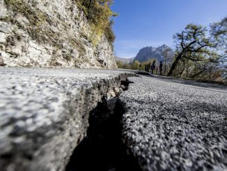 terremoto-deformato