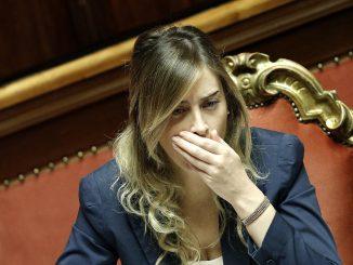 Maria Elena Boschi piange per la sconfitta al Referendum