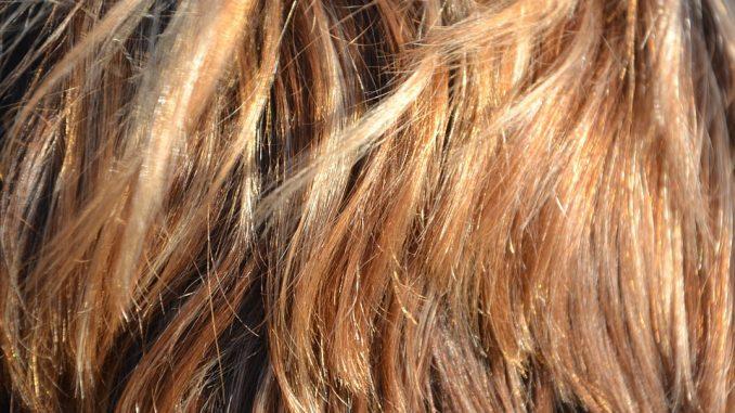 come-scegliere-il-colore-di-capelli-adatto-a-voi