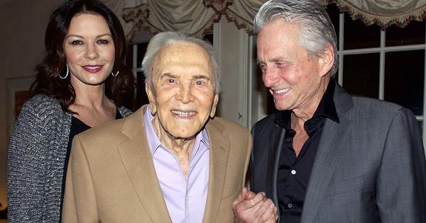 La stella di Hollywood Kirk Douglas compie 100 anni! COMMENTA