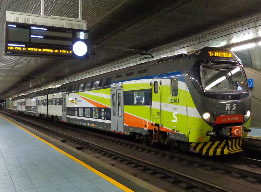 Con la neve i treni partono - Milano porta genova treni ...