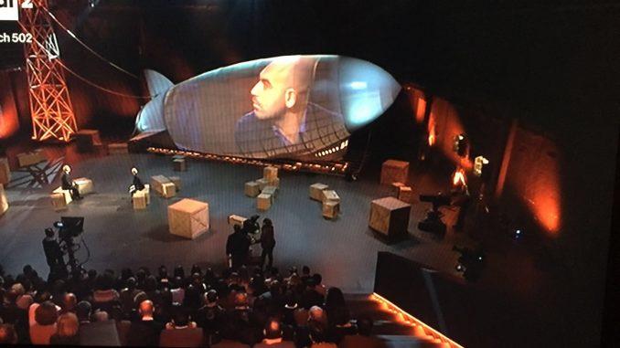 Italia, rivedi la puntata 'La botta' con Michele Santoro: ospite Roberto Saviano