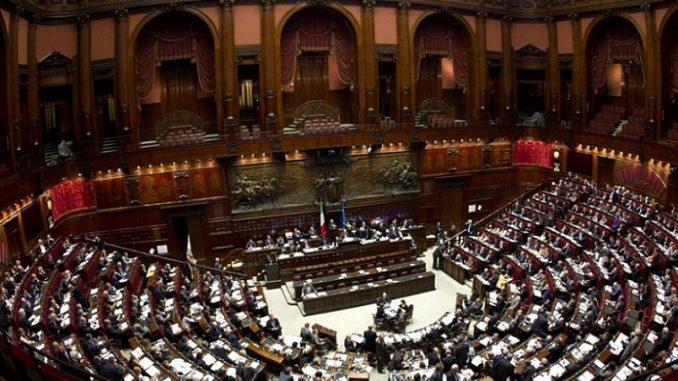 Governo, Paolo Gentiloni ha la fiducia del Senato con 169 sì
