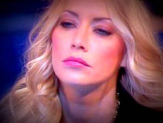 Domenica Live Damante e Karina Cascella: rissa furibonda con insulti