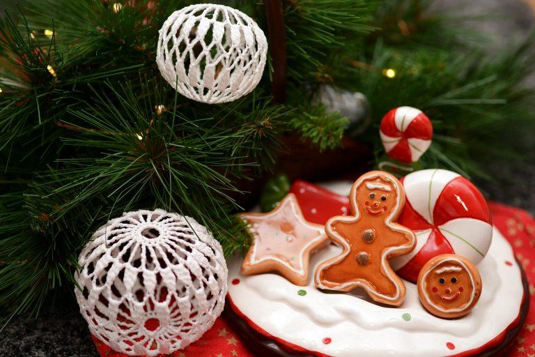 Lavoretti Per Natale.Lavoretti Di Natale Con Pasta Sughero Uncinetto